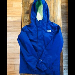The north face rain jacket outerwear 10/12